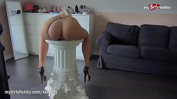 High Heels Cumshot Blonde Blowjob