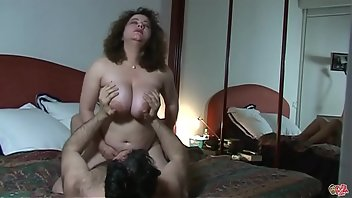 Casting Cumshot Boobs MILF Riding