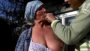 Farm Outdoor Blowjob Fingering